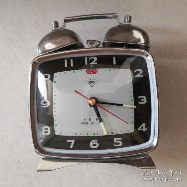 上海钻石牌方形双铃机械闹钟马蹄表