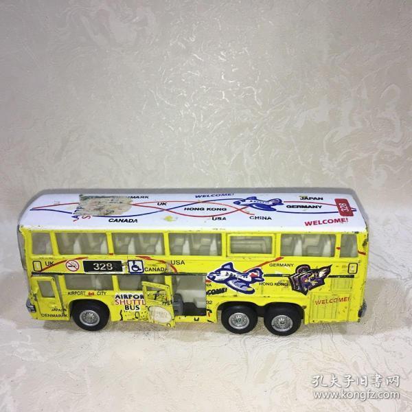 公共汽车模型   品相自鉴