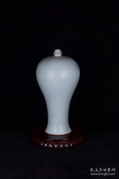 宋清凉寺 天青色玛瑙釉讲经瓶梅瓶