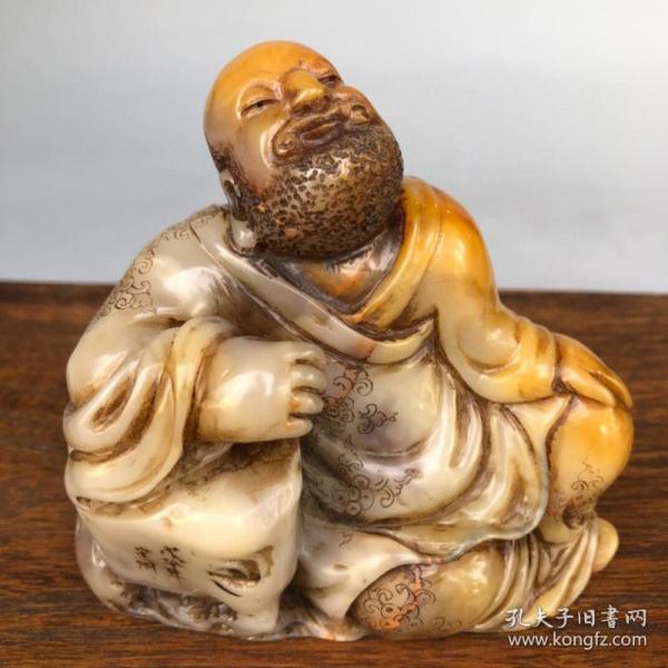 旧藏篆刻家徐星州作寿山田黄冻石罗汉造像印章摆件
