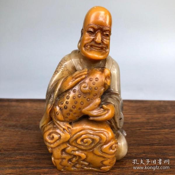旧藏篆刻家伯元款寿山田黄冻石罗汉造像印章摆件