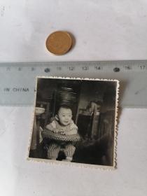 小朋友  微笑   50件以内商品收取一次运费,硬币做参考大小自定。