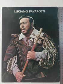 世界三大男高音之一 帕瓦罗蒂 1982年亲笔签名个人资料画册