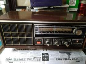 红灯 T121 收音机