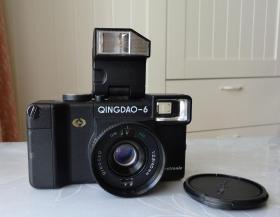 青岛六型135照相机德国进口镜头带皮套功能完好