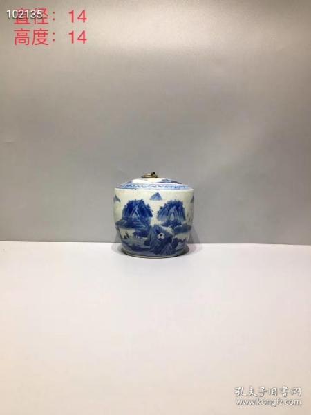 青花山水茶叶罐,器形规整,老胎老底,磨损自然,画工精致,包浆浓厚,品相一流