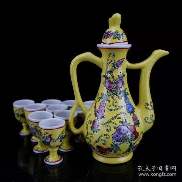 文革瓷瓜棱纹茶壶酒壶一套