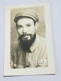 老照片。解放军老革命。后提升为副部级。