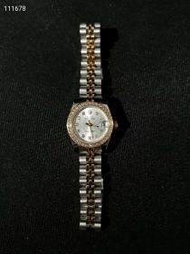 世界名表 劳力士女士机械腕表,镶钻,间金表链,走时精准,证件齐全