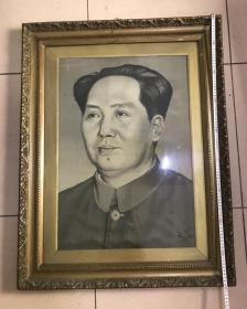 文革毛主席丝织像 毛主席标准像 带原相框 尺寸 89*68厘米