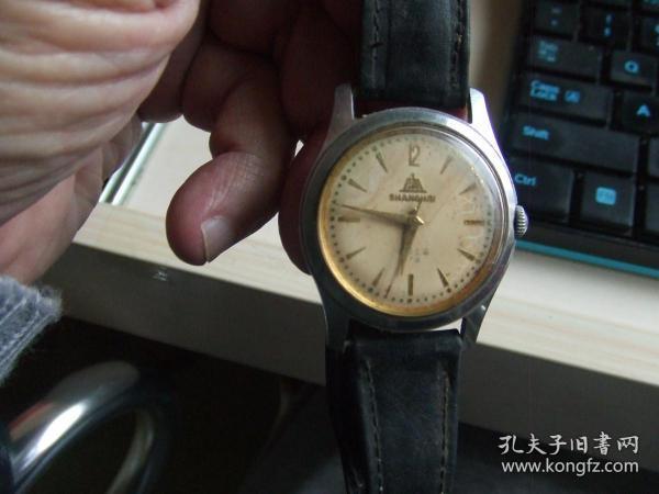 老手表:老款17钻上海男式防震机械手表(A-611)