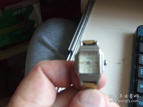 老手表:外国电子表,品牌自鉴(坤表)