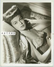 美国好莱坞巨星,漂亮女明星女影星玛格丽特 查普曼,黑白银盐肖像照片一张