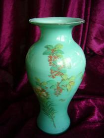 民国玻璃花梅瓶(料器)