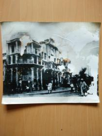 日寇占领河南省会开封后昔日的繁华街道如今行人稀少