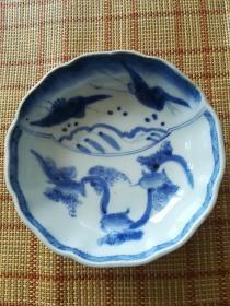 清雍正葵口青花笔洗。画工精美,青花发色靓丽,瓷质一流。