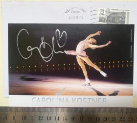 世界冠军、世界著名女子花样滑冰运动员、花滑名将、冰上芭蕾公主、世界三大最美花样滑冰运动员、1次世界花样滑冰锦标赛冠军、1次世界花样滑冰大奖赛总决赛冠军、4次欧洲花样滑冰锦标赛冠军、6次意大利全国花滑锦标赛冠军、卡罗琳娜·科斯特纳(Carolina Kostner)、亲笔签名、官方照片卡片1张(珍贵、罕见)