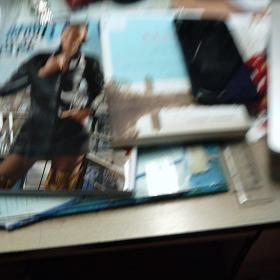 文史知识2018.12十读者2018.24十诗刊2018.11十世纪2018.6十时尚芭莎2018.8共五本杂志,68元