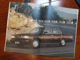 1981年款 丰田 皇冠112 轿车 广告册 宣传册 画册 样本 型录