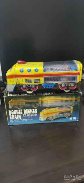 双层列车 MF136