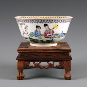 景德镇50-60年代手绘粉彩仕女人物碗