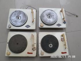 四个库存的唱片机机芯