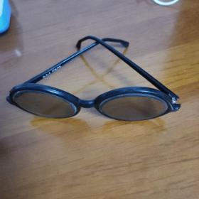 早期眼镜(U S A  100/50)0923