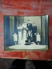 民国结婚照   (A)