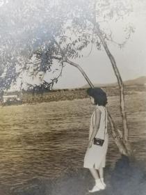 民国旗袍美女老照片(所谓伊人在水一方)