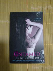 英文原版书 Untamed (House of Night, Book 4) Paperback – September 23, 2008 by P. C. Cast  (Author), Kristin Cast  (Author)