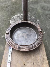 日本南部铁器,平底锅,铁锅,有日文,底部一道是划痕