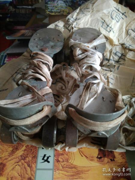溜冰鞋1双