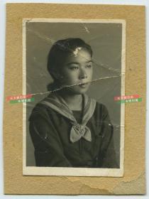 民国时期日本学校女生肖像老照片,有折痕仅标一品
