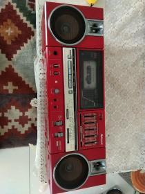 松下收录两用机,收音正常,磁带不转