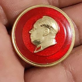 北京珐琅厂毛主席像章