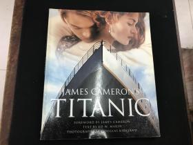 《James Cameron's Titanic》(詹姆斯・卡梅隆的泰坦尼克号)英文版