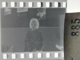 人像摄影 六七十年代老底片 1张 79 短发妇女