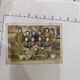 民国时期美女旗袍照(三母亲,六美少女,三小孩,兰花)