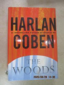 英文书  HARLAN  COBEN  THE  WOODS  共404页  精装