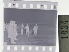 纪实摄影底片1张 童趣 滑冰刀、冰车、冰滑梯系列59