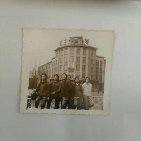 文革照片,女青年,〈本溪迎宾馆〉