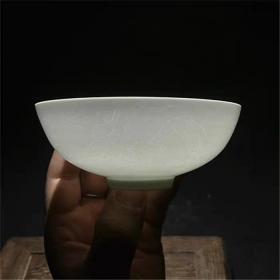 明白瓷甜白釉薄胎双龙图茶碗一对