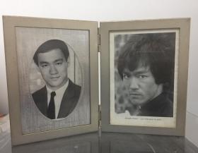 影坛功夫巨星 李小龙 相框一个 两幅相 日本版相框