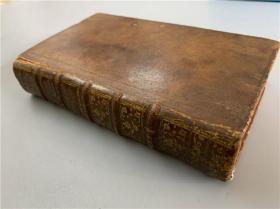 """《LETTRES EDIFIANTES ET CURIEUSES》精装1册,即《耶稣会士中国书信集》系列之一,memoires de la Chine(中国回忆录)法文原版。皮质封面底,古色古香。欧洲旅居中国和东印度传教士们的书信等,书中有铜版插图。被誉为""""法国汉学三大奠基作之一"""""""