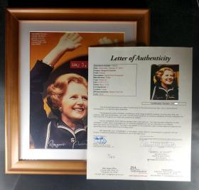 """""""铁娘子""""撒切尔夫人 亲笔签名照片(8×10英寸)带框 JSA鉴定"""