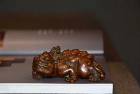 纯铜 • 貔貅  实心、手感足, 招财瑞兽、做工细致入微。 长7.5cm 重272克