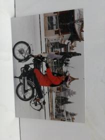 摩托车女性照片