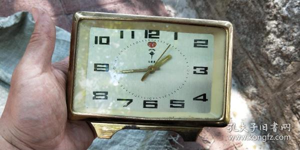 北极星闹钟,品自定以实物照片为准,不保跑时,35元包邮,发邮局包裹