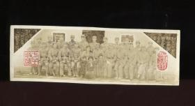 【静思斋】民国34年中央陆军军官学校第三分校怒潮剧团同仁合影老照片一张,摄于(瑞金)西冈