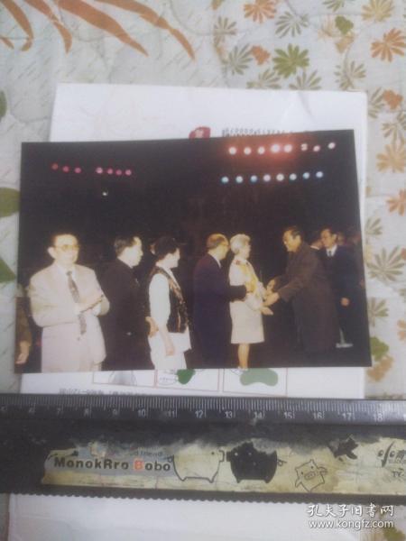 80年代老艺术家田华,赵丽蓉,陈强,陈述生活照